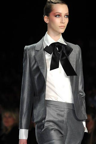 Bill Blass Fall 2008 Ready-to-wear Detail - 001