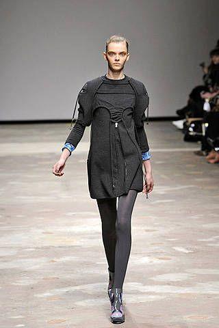 Louise Goldin Fall 2008 Ready&#45&#x3B;to&#45&#x3B;wear Collections &#45&#x3B; 001
