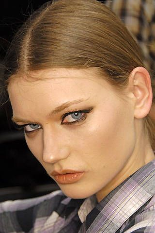 Etro Fall 2008 Ready-to-wear Backstage - 001