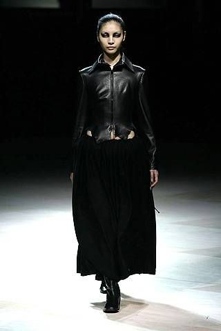 Yohji Yamamoto Fall 2008 Ready-to-wear Collections - 001