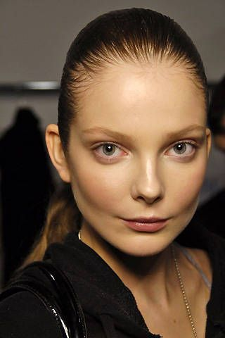 Hussein Chalayan Fall 2008 Ready-to-wear Backstage - 001
