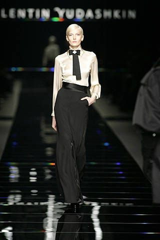 Valentin Yudashkin Fall 2008 Ready-to-wear Collections - 001