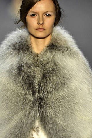 Giambattista Valli Fall 2008 Ready-to-wear Detail - 001