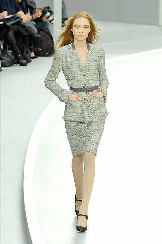 Chanel Fall 2008 Ready&#45&#x3B;to&#45&#x3B;wear Collections &#45&#x3B; 001