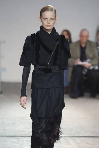 Sharon Wauchob Fall 2008 Ready&#45&#x3B;to&#45&#x3B;wear Collections &#45&#x3B; 001
