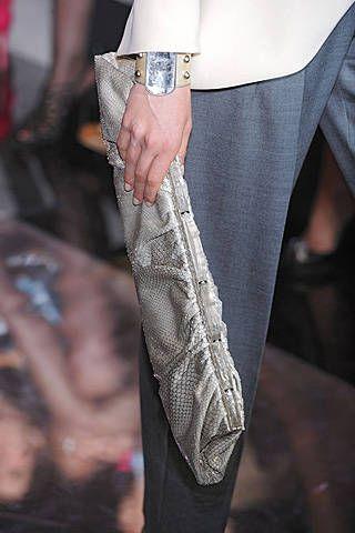 Giorgio Armani PrivÃ{{{copy}}} Fall 2008 Haute Couture Detail - 001