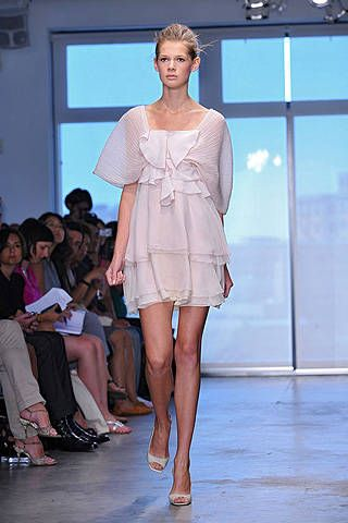 Vincente Villarin Spring 2009 Ready-to-wear Collections - 001
