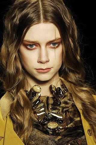 Nina Ricci Fall 2008 Ready&#45&#x3B;to&#45&#x3B;wear Detail &#45&#x3B; 001