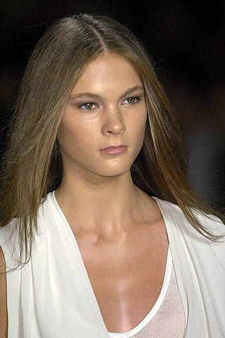 BCBG Max Azria Spring 2009 Ready-to-wear Detail - 001