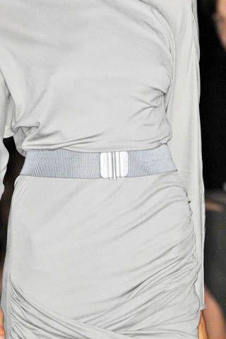 Max Azria Spring 2009 Ready-to-wear Detail - 001