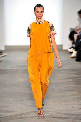R&#195&#x3B;{{{copy}}}yes Spring 2009 Ready&#45&#x3B;to&#45&#x3B;wear Collections &#45&#x3B; 001