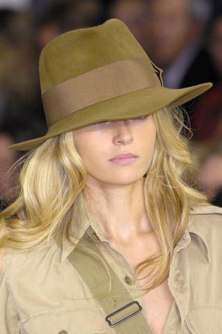 Clothing, Lip, Hat, Brown, Hairstyle, Sleeve, Chin, Collar, Shirt, Style,