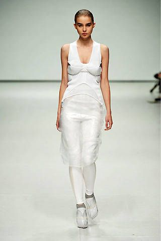 Louise Goldin Spring 2009 Ready-to-wear Collections - 001