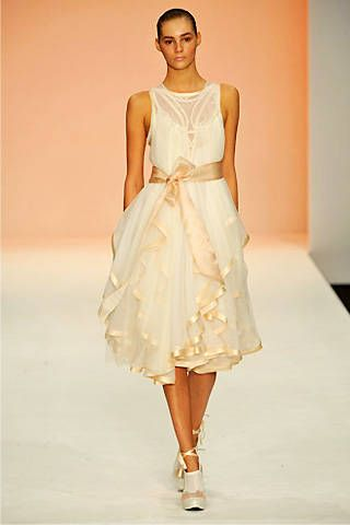 Bora Aksu Spring 2009 Ready-to-wear Collections - 001