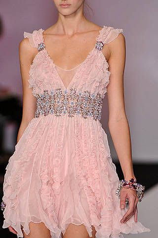 Jenny Packham Spring 2009 Ready-to-wear Detail - 001