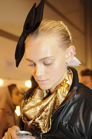 Bora Aksu Spring 2009 Ready-to-wear Backstage - 001