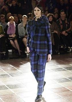 Comme des Garcons Fall 2003 Ready-to-Wear Collections 0001