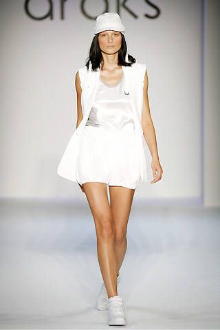 Araks Spring 2009 Ready-to-wear Collections - 001