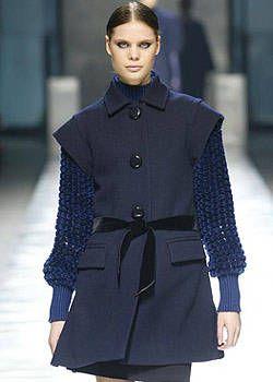 Louis Vuitton Fall 2003 Ready-to-Wear Detail 0001