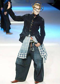 Marithe Francois Girbaud Fall 2003 Ready-to-Wear Collections 0001