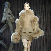 Valentino Fall 2003 Ready-to-Wear Collections 0001