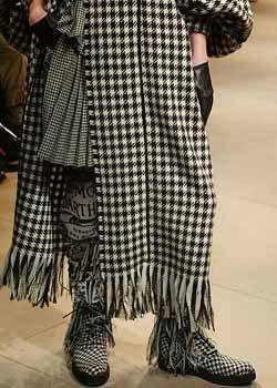 Yohji Yamamoto Fall 2003 Ready&#45&#x3B;to&#45&#x3B;Wear Detail 0001