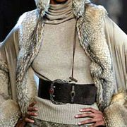 Valentino Fall 2003 Ready-to-Wear Detail 0001