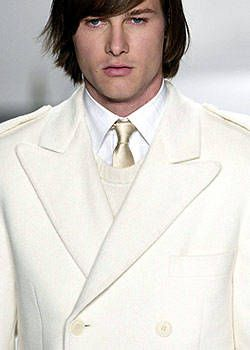 Tommy Hilfiger Fall 2003 Ready-to-Wear Detail 0001