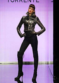 Torrente Fall 2003 Haute Couture Collections 0001