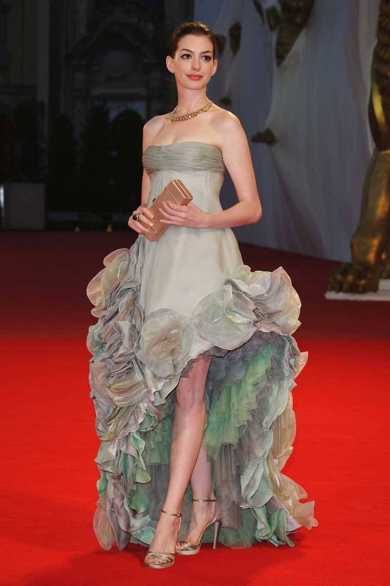 Anne Hathaway Style - Anne Hathaway Fashion Pictures