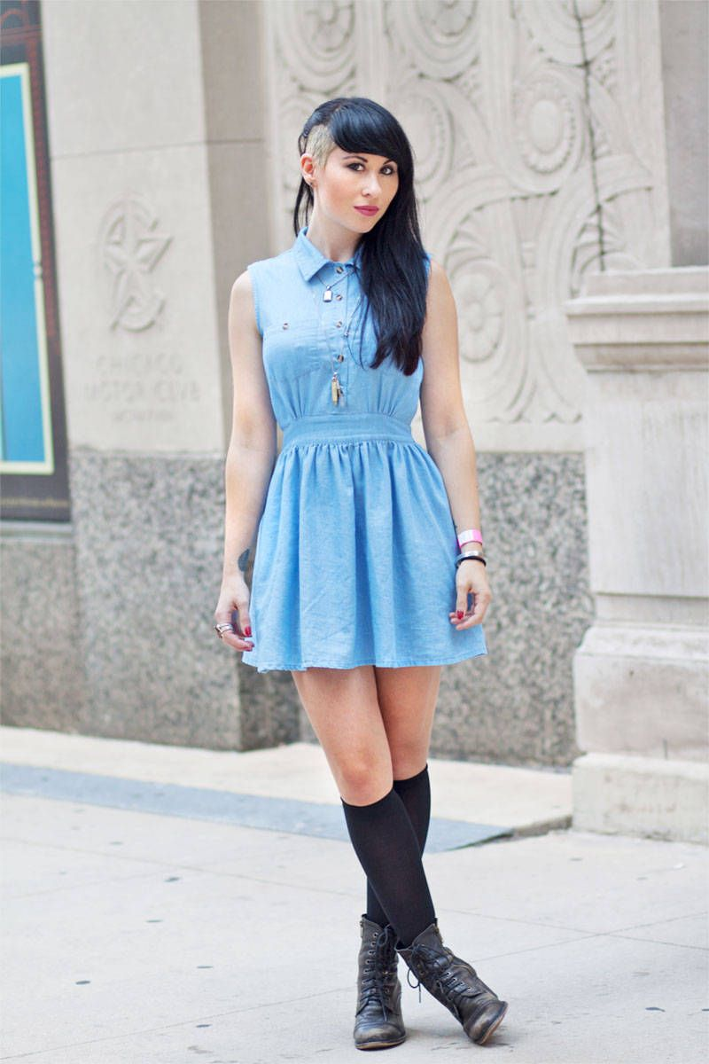 street style lollapalooza denim dress