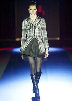 Martine Sitbon Fall 2003 Ready-to-Wear Collections 0001