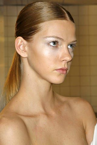 Issey Miyake Spring 2009 Ready-to-wear Backstage - 001