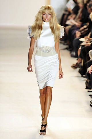 Christian Lacroix Spring 2009 Ready&#45&#x3B;to&#45&#x3B;wear Collections &#45&#x3B; 001