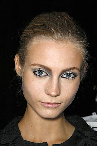Karl Lagerfeld Spring 2009 Ready-to-wear Backstage - 001