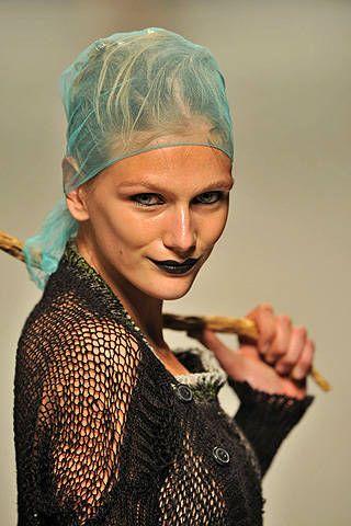 Vivienne Westwood Spring 2009 Ready&#45&#x3B;to&#45&#x3B;wear Detail &#45&#x3B; 001