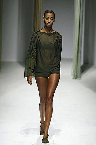 Issey Miyake Spring 2009 Ready-to-wear Collections - 001