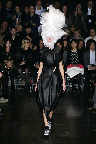 Comme des Garçons Spring 2009 Ready-to-wear Collections - 001