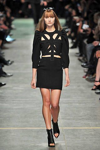 Givenchy Spring 2009 Ready&#45&#x3B;to&#45&#x3B;wear Collections &#45&#x3B; 001