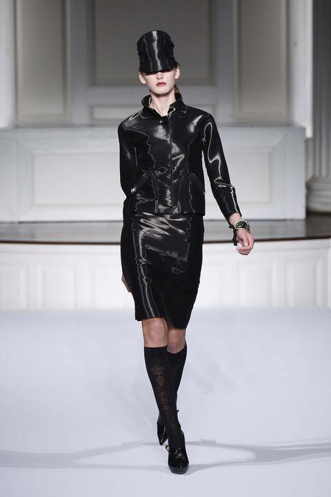 Sleeve, Human leg, Outerwear, Style, Fashion show, Fashion model, Knee, Dress, Fashion, Costume accessory,