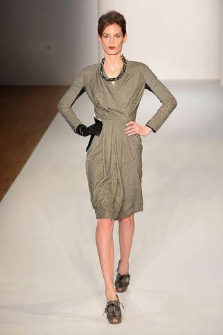 Clothing, Sleeve, Dress, Shoulder, Human leg, Joint, Standing, One-piece garment, Formal wear, Style,