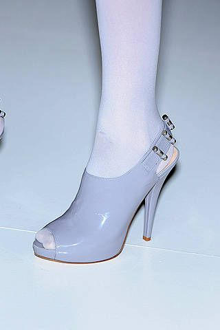 Footwear, Joint, White, Fashion, Grey, Foot, Beige, High heels, Silver, Bridal shoe,