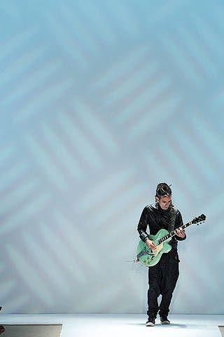 Guitarist, Musician, Musical instrument, Guitar, Plucked string instruments, Musical instrument accessory, String instrument, String instrument accessory, String instrument, Music artist,