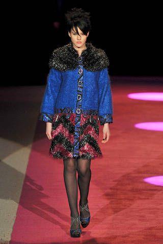 Shoulder, Fashion show, Textile, Outerwear, Style, Fashion model, Runway, Dress, Fashion, Electric blue,