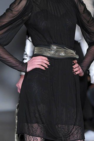 Sleeve, Textile, Joint, Formal wear, Style, Fashion, Black, Leather, Costume, Waist,