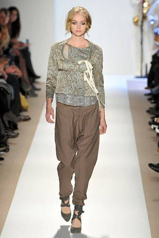 Clothing, Footwear, Brown, Shoulder, Joint, Outerwear, Fashion show, Style, Fashion model, Fashion,