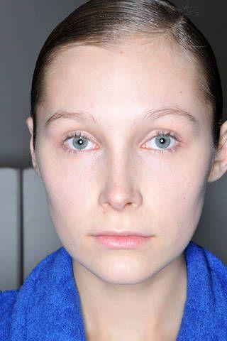 Ear, Blue, Lip, Cheek, Eye, Hairstyle, Skin, Chin, Forehead, Shoulder,