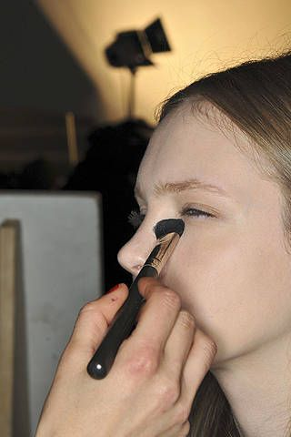 Finger, Hairstyle, Skin, Forehead, Eyebrow, Eyelash, Nail, Personal grooming, Hearing, Makeover,