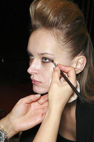 Hair, Head, Finger, Lip, Hairstyle, Skin, Forehead, Eyebrow, Eyelash, Wrist,