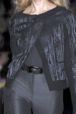 Clothing, Sleeve, Shoulder, Joint, Style, Fashion model, Fashion, Fashion show, Neck, Street fashion,
